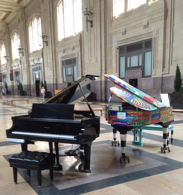 2 Pianos Union Station 610px